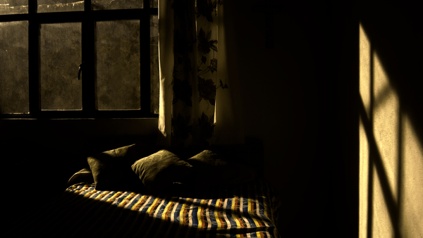 creepy_bedroom